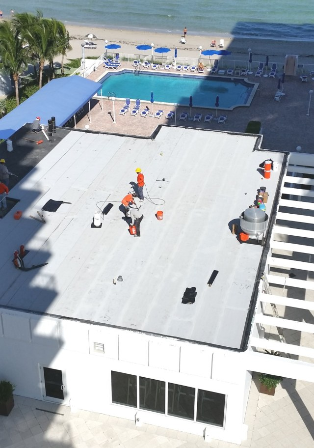 2016-09-17-gym-roof